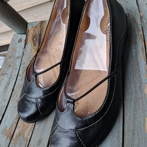 Women's Naturalizer Black Leather Casual Shoes 7M